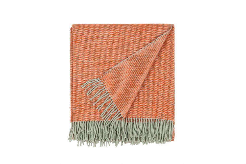 vandorstudio_reflect_wool_blanket_orange_color_folded_white_background_slideshow